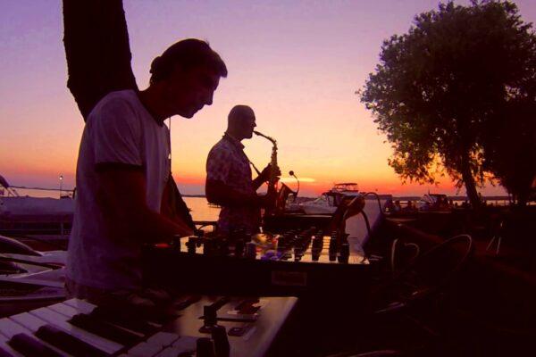 Lounge DJ På Havn - WhiteWeddingDJ