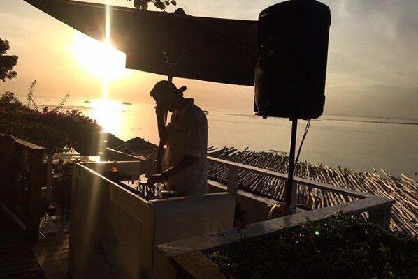 Lounge DJ På Terrasse - WhiteWeddingDJ